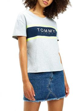 Camisesta Tommy Jeans Stripe Logo Gris Mujer